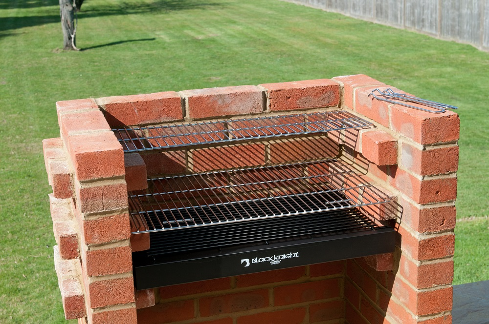 Bkb404 Brick Bbq Kit With Stainless Steel Cooking Grill